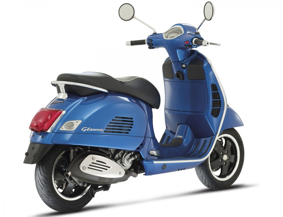 vespa gts 300 location motos scooters bordeaux. Black Bedroom Furniture Sets. Home Design Ideas